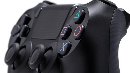 DualShock 4 (PS4 Controller)