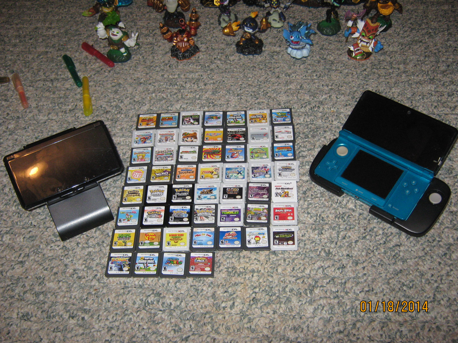 DS, DSi, 3DS Stuff from my son and I combined - Yes, there is 1 exclusive DSi game in there!.JPG